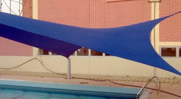 مظلات مسابح