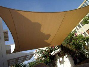 مظلات قماشية